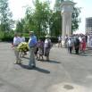 1. Колонна, начавшая свой путь от Дворца молодёжи, входит в парк Победы.JPG