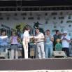 Евгений Писцов и меценаты, среди которых депутаты Фарит Набиуллин и Александр Патрушев, поздравляют победителя конкурса на лучший логотип экстрим-парка Валерия Задоркина.JPG
